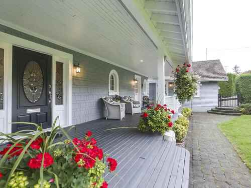 900-roslyn-boulevard-dollarton-north-vancouver-36 at 900 Roslyn Boulevard, Dollarton, North Vancouver