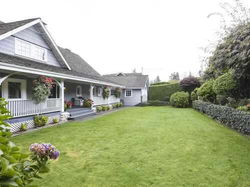 900-roslyn-boulevard-dollarton-north-vancouver-37 at 900 Roslyn Boulevard, Dollarton, North Vancouver