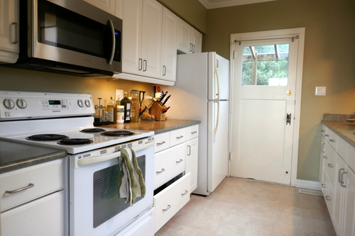 3271 Travers Avenue, West Vancouver, Kitchen at 3271 Travers Avenue, West Bay, West Vancouver