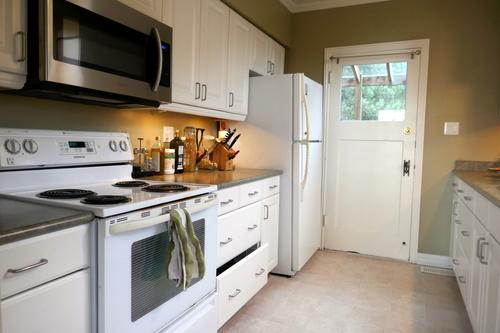 3271 Travers Avenue, West Vancouver, Kitchen at 3271 Travers Avenue, West Bay, West Vancouver