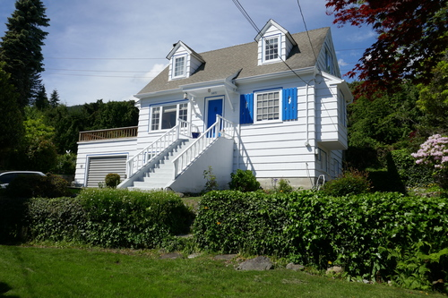 3271 Travers Avenue, West Vancouver - Main House at 3271 Travers Avenue, West Bay, West Vancouver