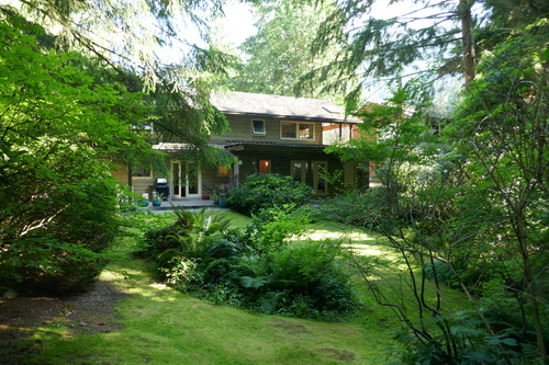 937 Montroyal Blvd., North Vancouver - Rear view house at 937 Montroyal Blvd. , Canyon Heights NV, North Vancouver