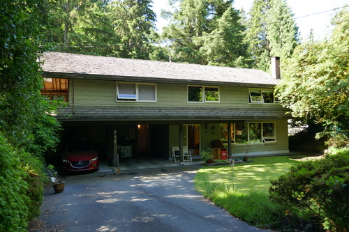 937 Montroyal Blvd., North Vancouver - House front at 937 Montroyal Blvd. , Canyon Heights NV, North Vancouver