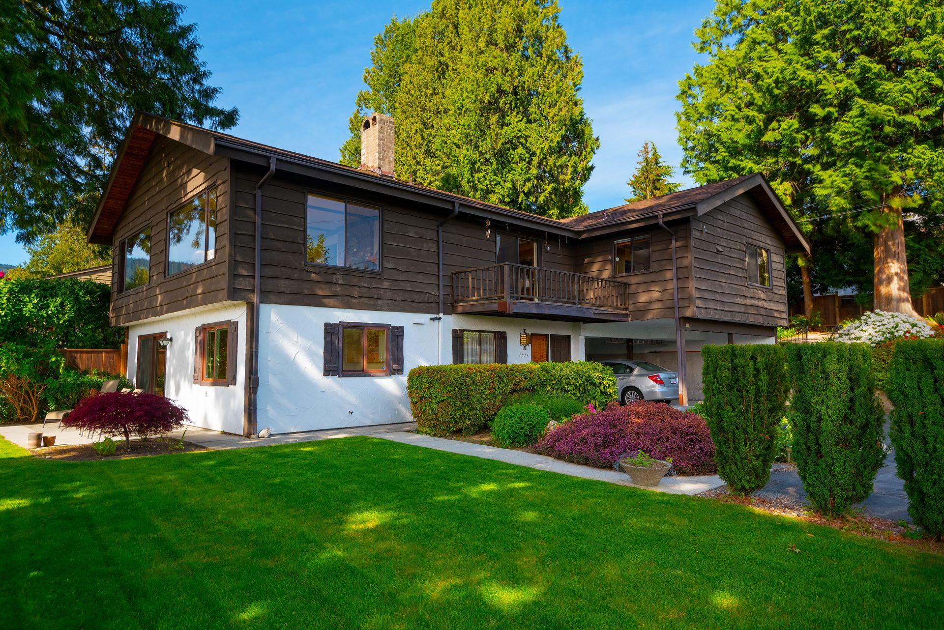 1077 Gordon Avenue, Sentinel Hill, West Vancouver