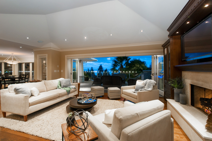 013-1 at 3480 Mathers Avenue, West Bay, West Vancouver