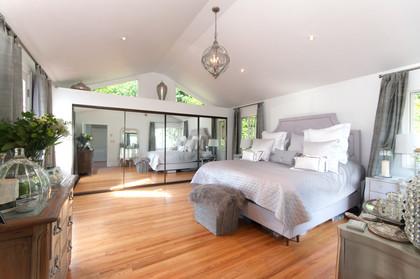 master bedroom at 2967 Marine Drive, Altamont, West Vancouver