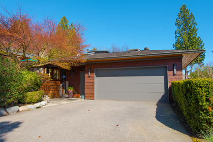 044 at 1388 Inglewood Avenue, Ambleside, West Vancouver