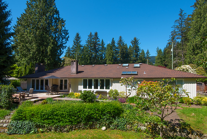 006 at 394 Hidhurst Place, British Properties, West Vancouver