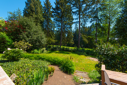 011 at 394 Hidhurst Place, British Properties, West Vancouver