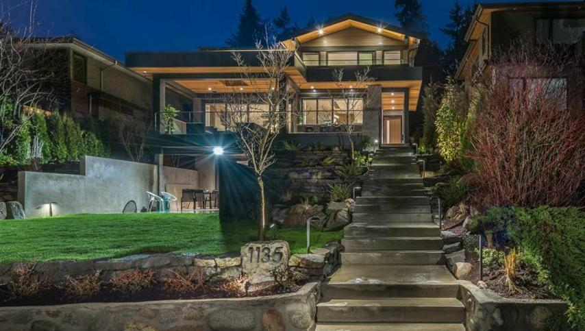 1135 Lawson Avenue, Ambleside, West Vancouver