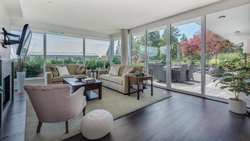 301 - 918 Keith Road, Park Royal, West Vancouver 3