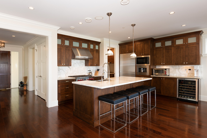 009 at 1328 Inglewood Avenue, Ambleside, West Vancouver