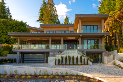 002 at 557 -  St. Giles Road, Glenmore, West Vancouver