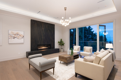 007-1 at 557 -  St. Giles Road, Glenmore, West Vancouver