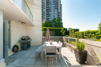 010 at 305 - 175 W 2nd Avenue, Lower Lonsdale, North Vancouver