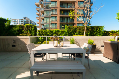 011 at 305 - 175 W 2nd Avenue, Lower Lonsdale, North Vancouver