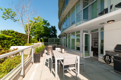 012 at 305 - 175 W 2nd Avenue, Lower Lonsdale, North Vancouver