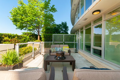 015 at 305 - 175 W 2nd Avenue, Lower Lonsdale, North Vancouver