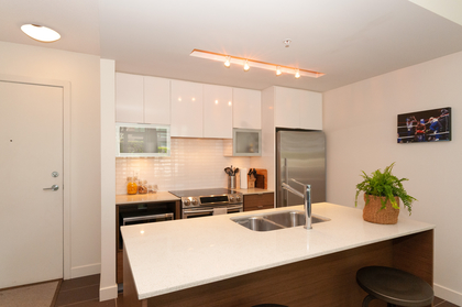 023 at 305 - 175 W 2nd Avenue, Lower Lonsdale, North Vancouver