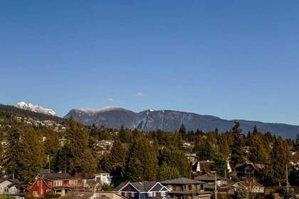 mountain view at 601 - 2280 Bellevue Avenue, Dundarave, West Vancouver