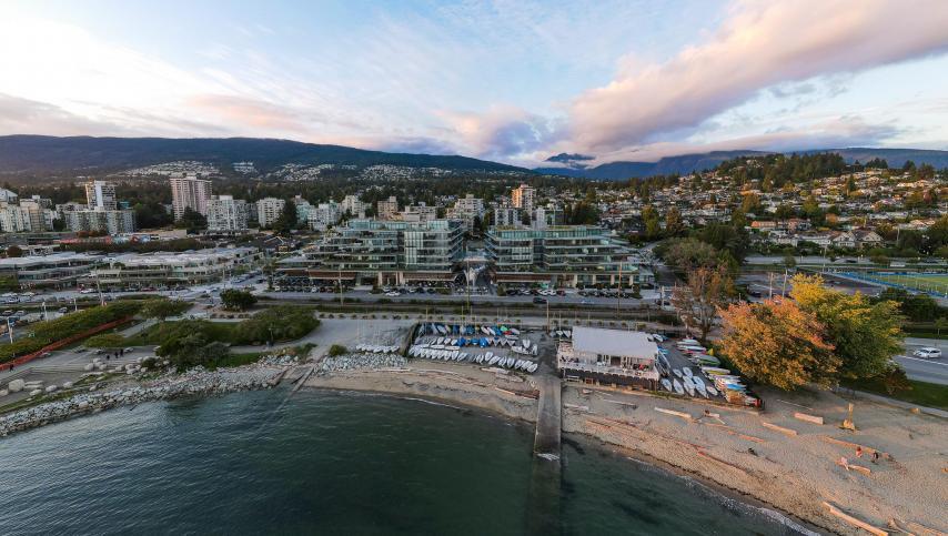 306 - 1355 Bellevue Avenue, Ambleside, West Vancouver