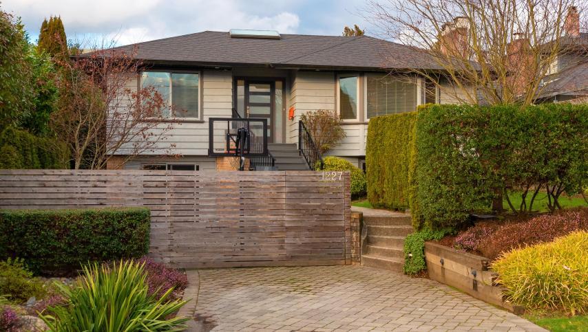1227 Jefferson Avenue, Ambleside, West Vancouver