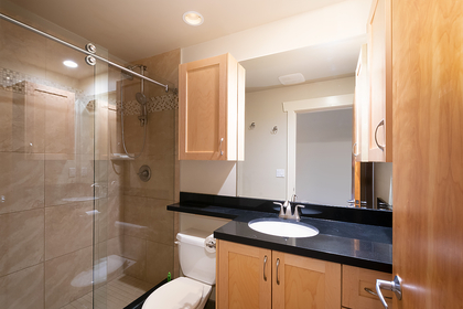 bathroom at 2475 Palmerston Avenue, Dundarave, West Vancouver