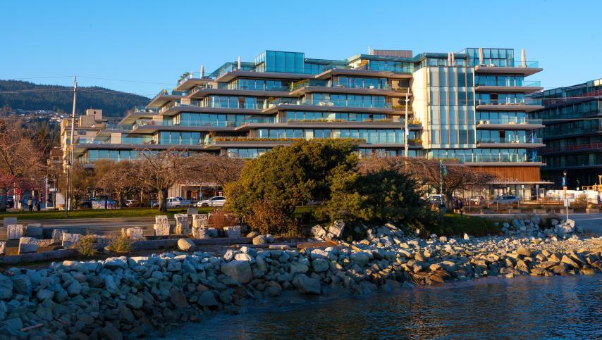 205 - 1355 Bellevue Avenue, Ambleside, West Vancouver