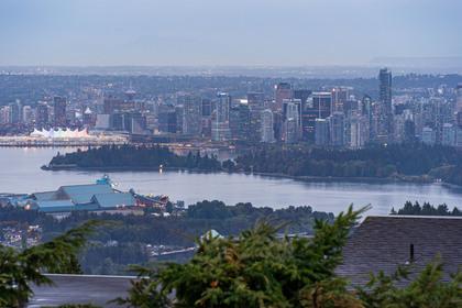 1138-eyremount-drive-360hometours-25 at 1138 Eyremount Drive, British Properties, West Vancouver