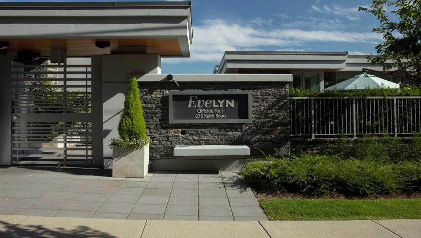 701 - 876 Keith Road, Park Royal, West Vancouver 2