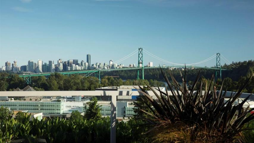 701 - 876 Keith Road, Park Royal, West Vancouver 3
