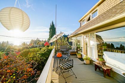 2677-lawson-avenue-west-vancouver-23 at 2677 Lawson Avenue, Dundarave, West Vancouver