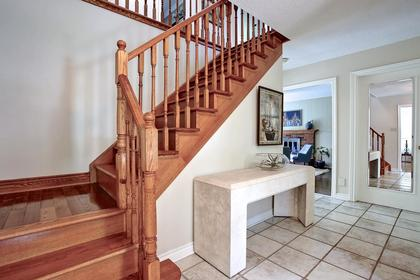 Entrance at 243 Willowridge Court, Bronte East, Oakville