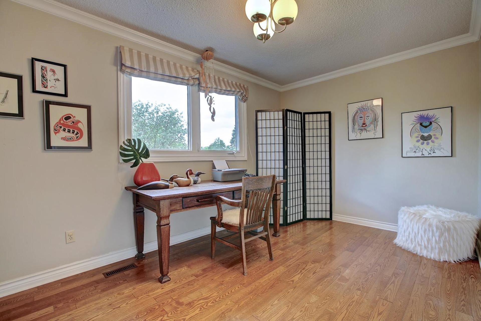 Bedroom 4 at 243 Willowridge Court, Bronte East, Oakville