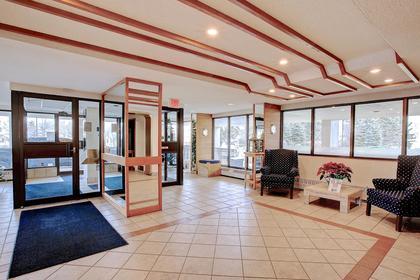 Building Foyer at 1809 - 5250 Lakeshore Road, Appleby, Burlington