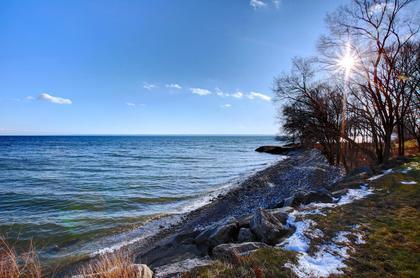 Steps to Lake at 1809 - 5250 Lakeshore Road, Appleby, Burlington