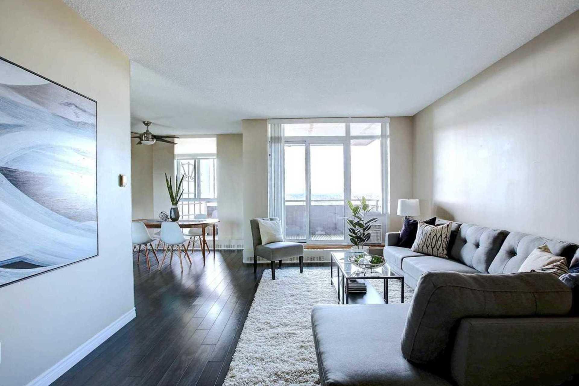 Living Room at 1809 - 5250 Lakeshore Road, Appleby, Burlington
