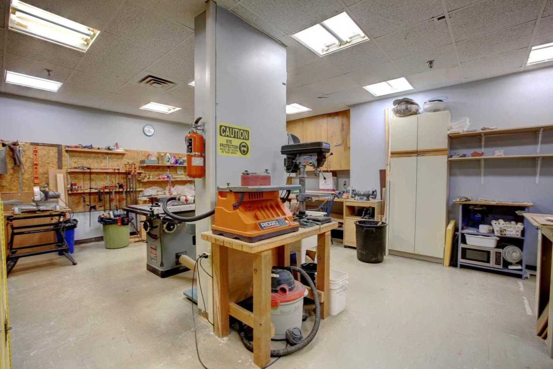 Workshop at 1809 - 5250 Lakeshore Road, Appleby, Burlington