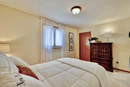101-solingate-dr-oakville-bedroom1-window at 101 Solingate Drive, Bronte West, Oakville