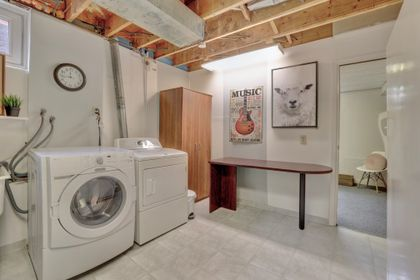 101-solingate-dr-oakville-laundry at 101 Solingate Drive, Bronte West, Oakville