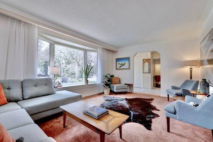 101-solingate-dr-oakville-living-room2 at 101 Solingate Drive, Bronte West, Oakville