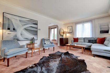 101-solingate-dr-oakville-living-room3 at 101 Solingate Drive, Bronte West, Oakville