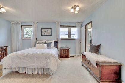 101-solingate-dr-oakville-master-windows at 101 Solingate Drive, Bronte West, Oakville