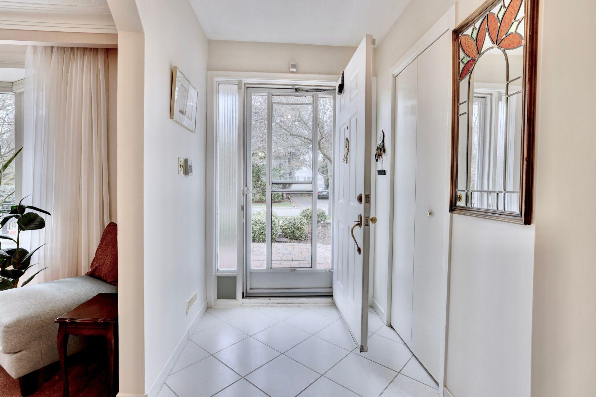 101-solingate-dr-oakville-front-entrance at 101 Solingate Drive, Bronte West, Oakville