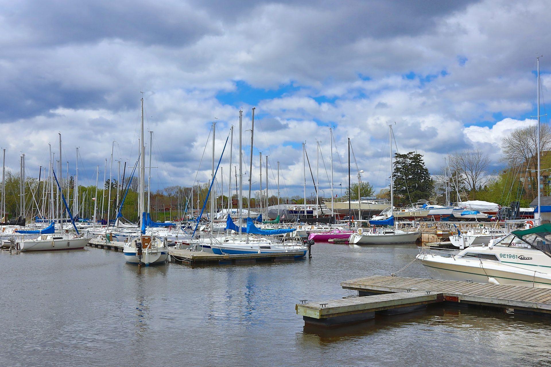 2511-lakeshore-rd-w-oakville-print-074-011-lakeshore-rd-w-3840x2560-300dpi at 318 - 2511 Lakeshore Road West, Bronte West, Oakville