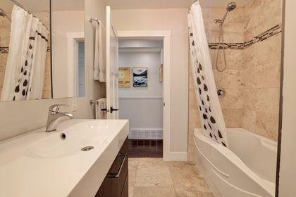 249-lakeview-ave-burlington-main-bath at 249 Lakeview Ave, Burlington,