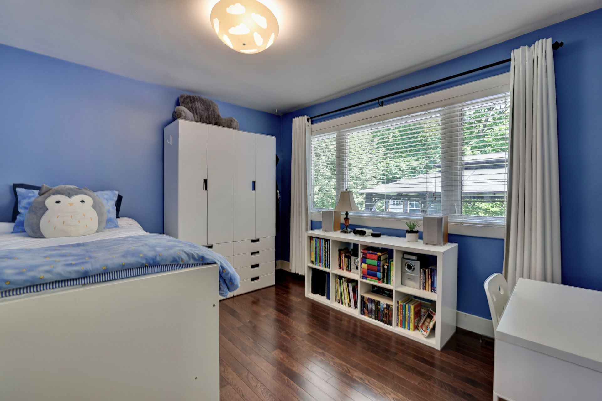 249-lakeview-ave-burlington-bedroom-3 at 249 Lakeview Ave, Burlington,