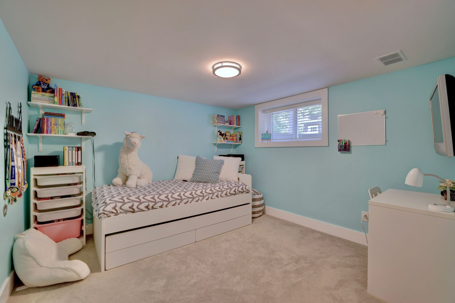 249-lakeview-ave-burlington-bedroom-4 at 249 Lakeview Ave, Burlington,