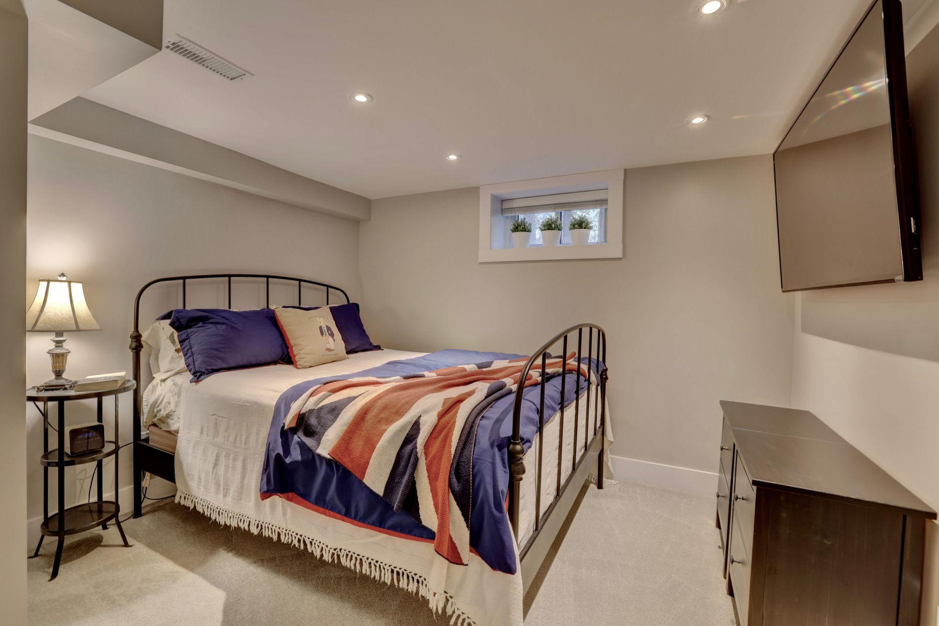 249-lakeview-ave-burlington-bedroom-5 at 249 Lakeview Ave, Burlington,