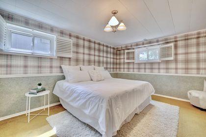 Bedroom 4 at 2205 Elmhurst Avenue, Oakville